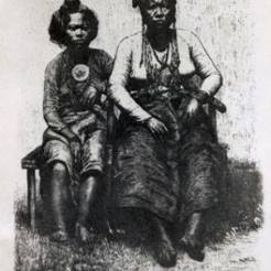 Mandaya mother and daughter, 19th Century. retrato.com.ph